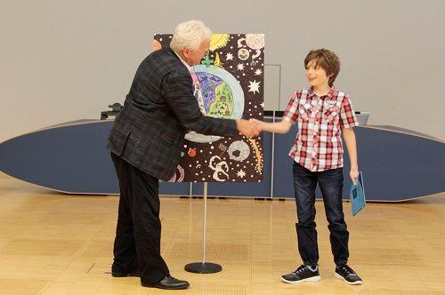 Gewinner-Foto, Bild Sonderpreis GVB, 10 bis 12 Jahre, Umwelt-Zeichnungswettbewerb 2018