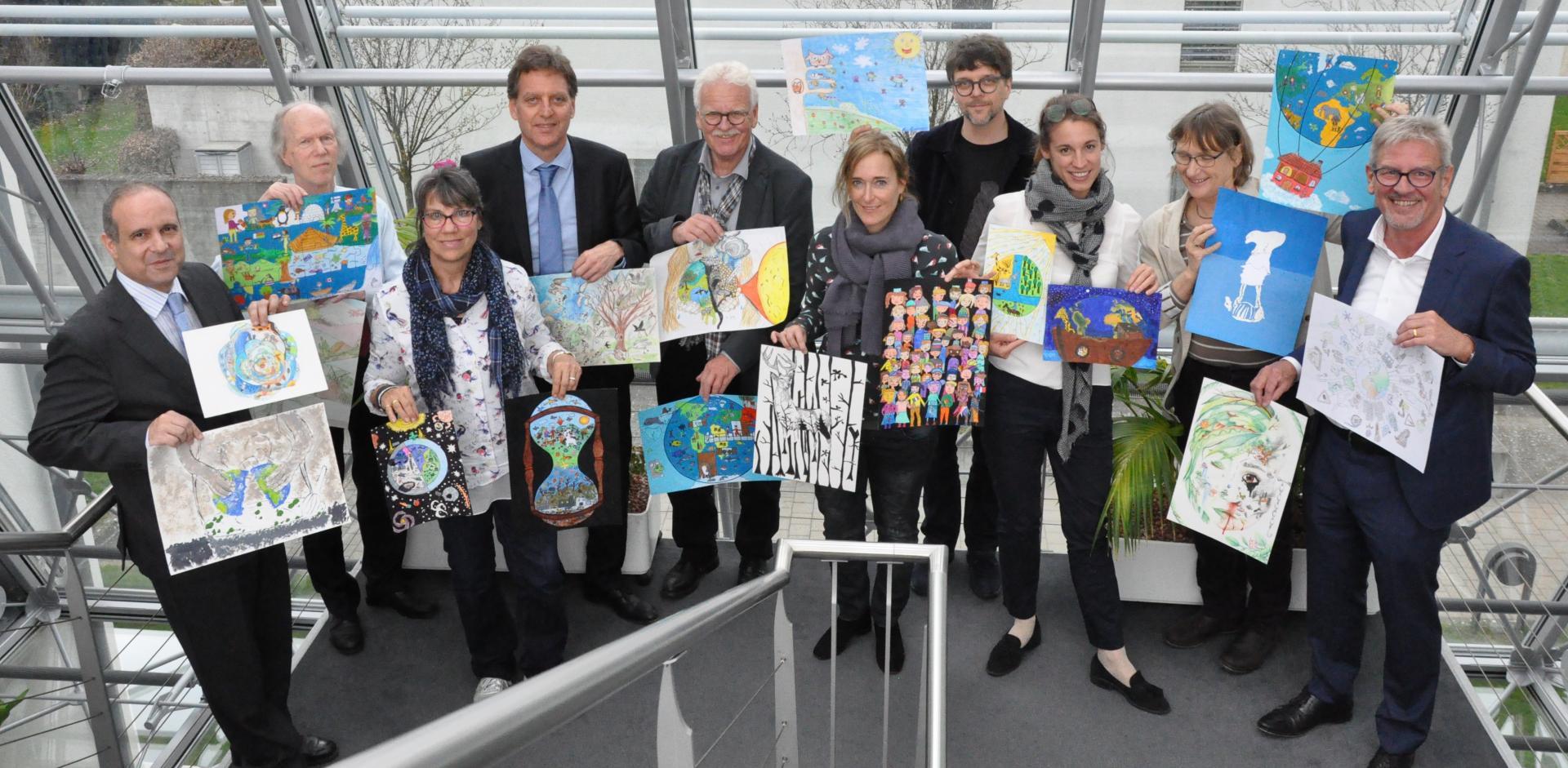 Jury, Thema Die Welt – hier bin ich zuhause, Umwelt-Zeichnungswettbewerb 2018