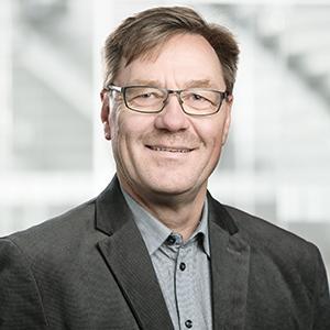 Adrian Plüss